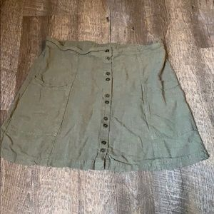 Linen Olive skirt with pockets